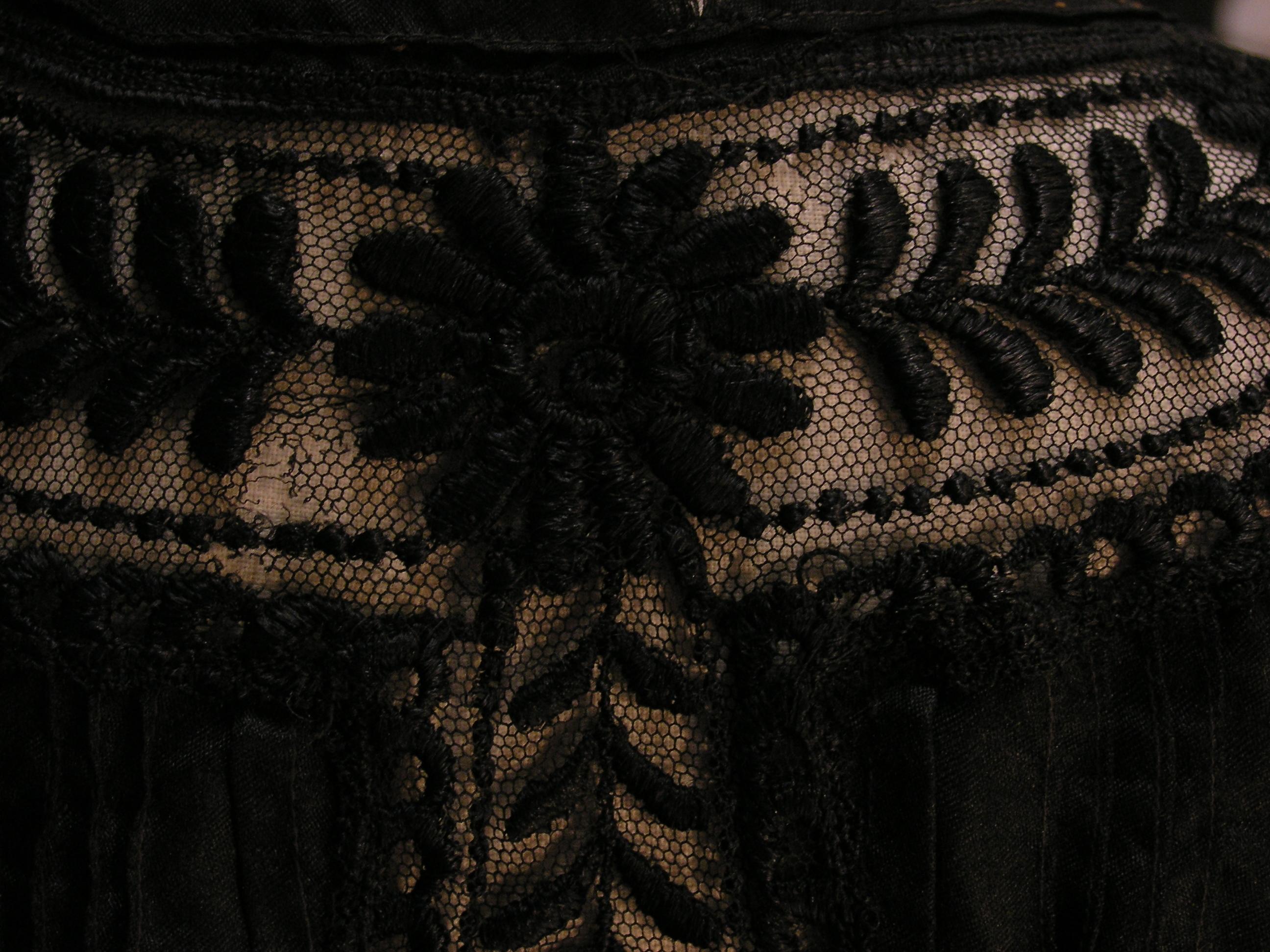 Rüyada Siyah Bluz Görmek