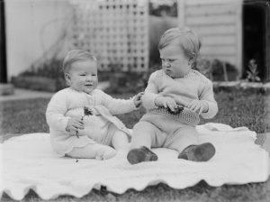 Rüyada İki Erkek Bebek Görmek