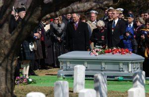 Rüyada Kendi Mezar Taşını Görmek