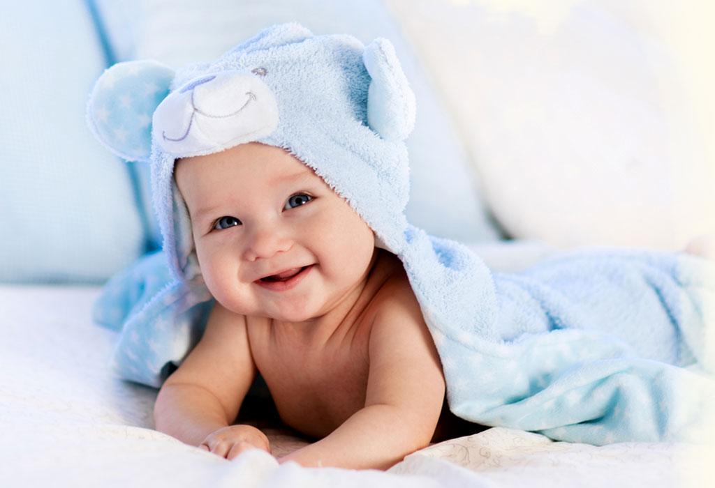Rüyada Erkek Bebek Pipisi Görmek ve Gülmek