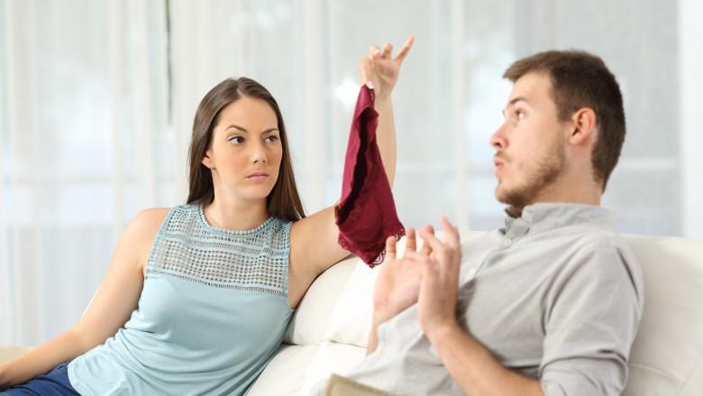 Rüyada Eski Kocasını Başka Kadınla Konuşurken Görmek