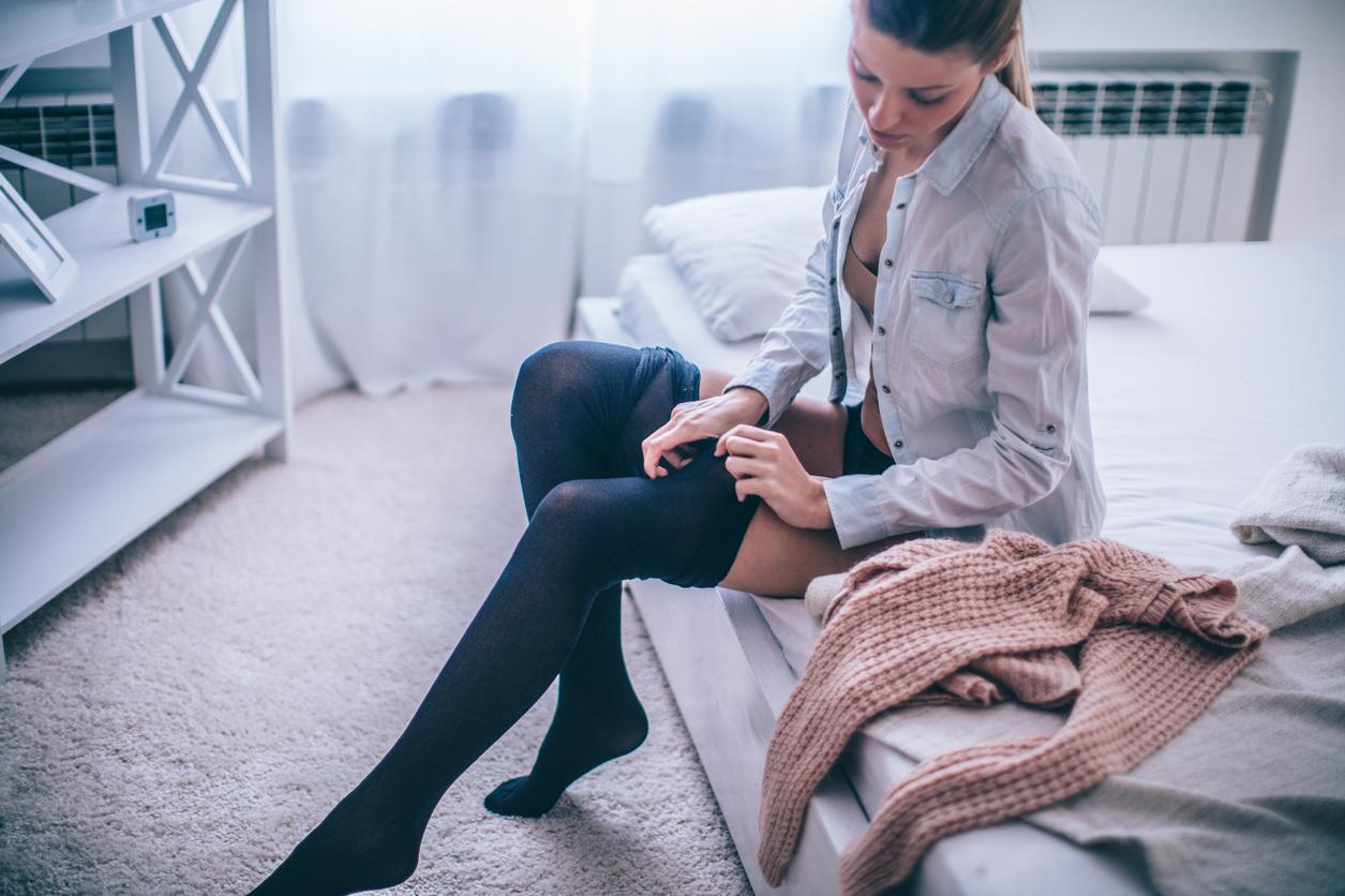 Rüyada ince Siyah Çorap Giydiğini Görmek