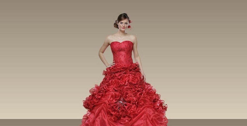 Rüyada Nişan Elbisesi Giydiğini Evlendiğini Görmek
