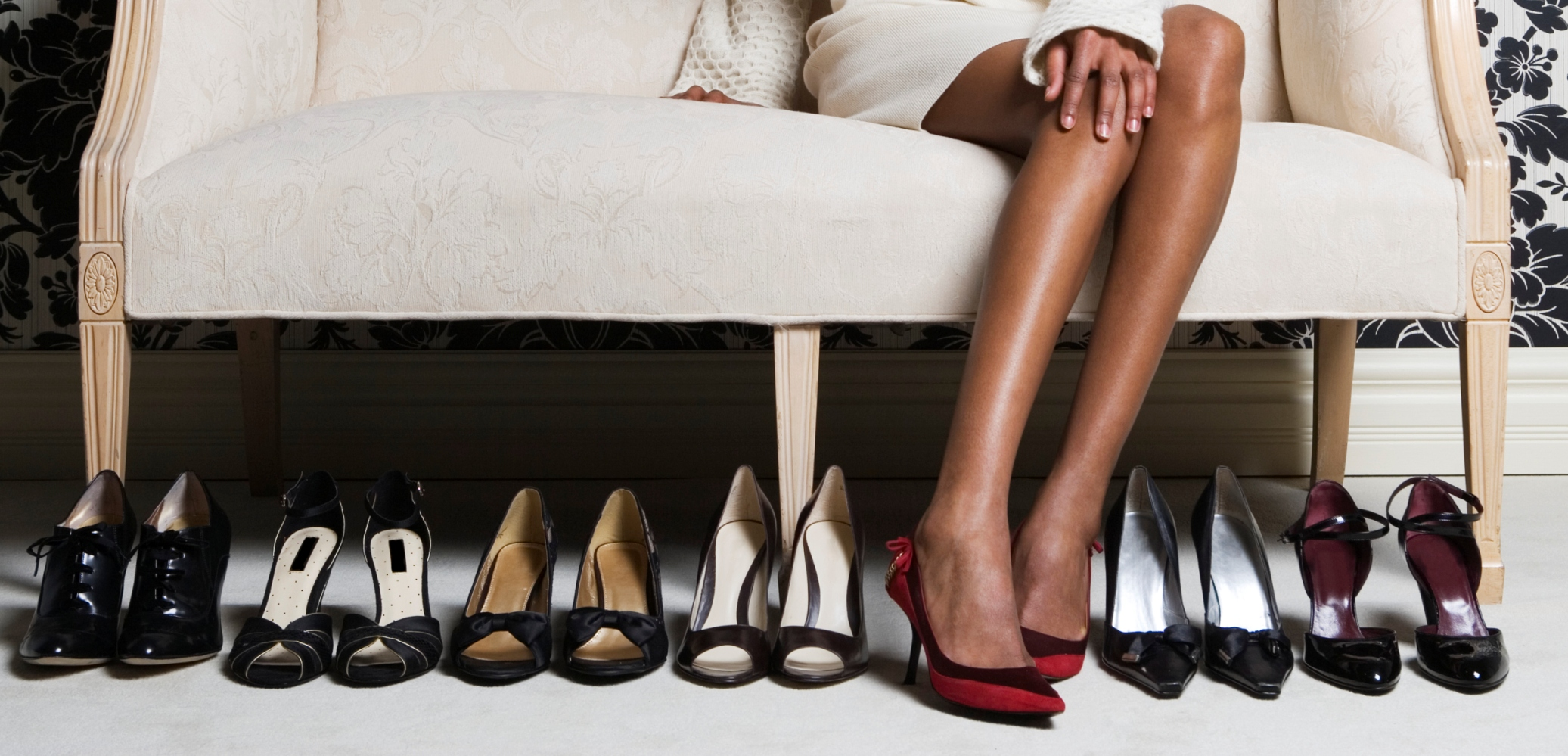 Rüyada Mağazada Büyük Ayakkabı Giydiğini Görmek
