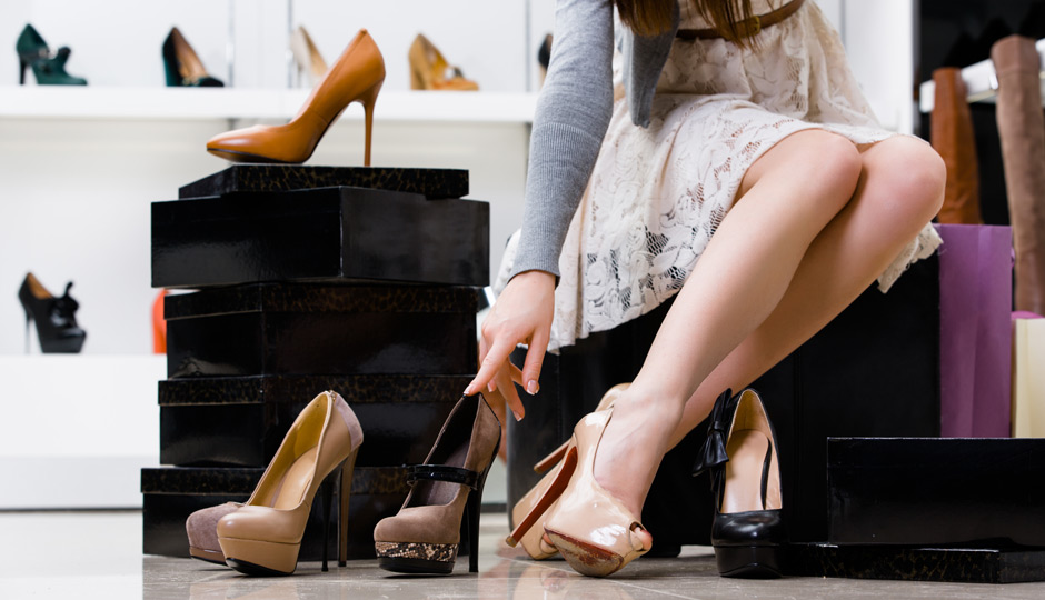 Rüyada Büyük Ayakkabı Giydiğini Görmek