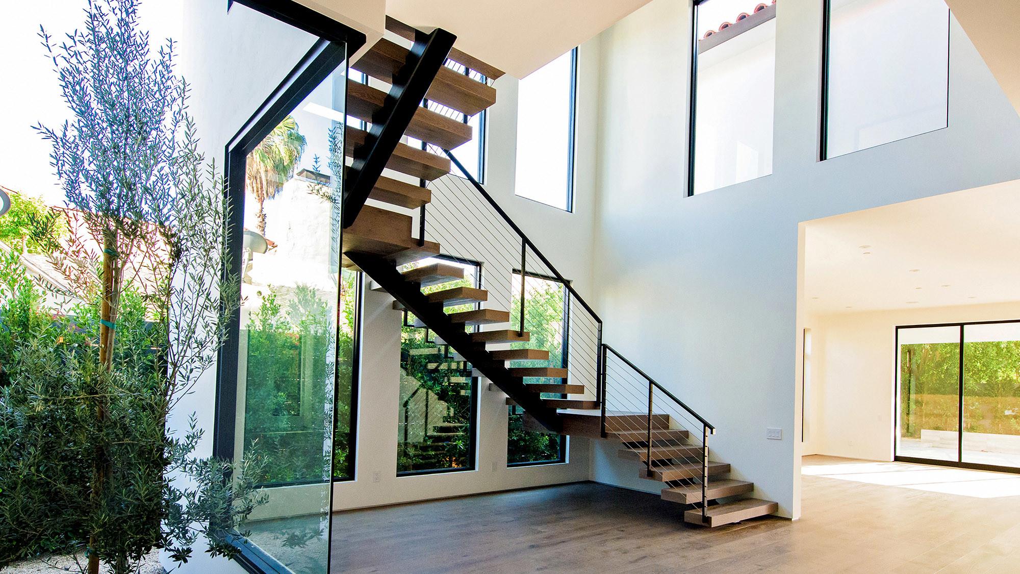 Rüyada Merdiven Asansör Çıkmak ve inmek