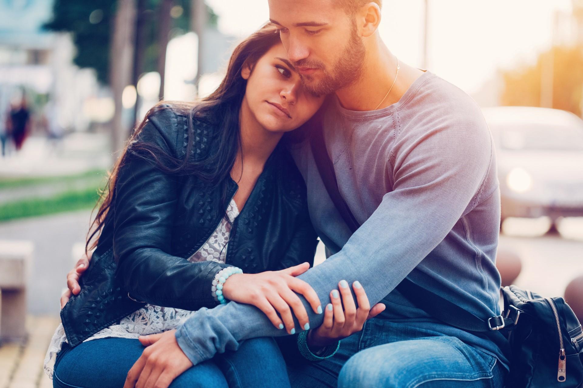 Rüyada Eski Sevgilinin Barışmak İstemesi