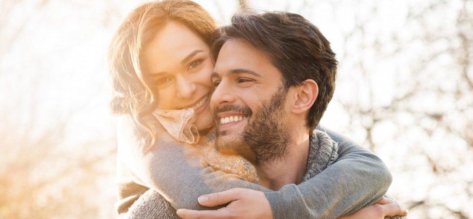 Rüyada Eski Sevgilinin Seni Öpmesini Görmek
