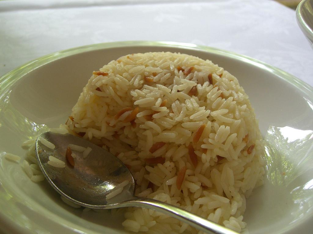 Rüyada Pirinç Pilavı Yediğini Görmek