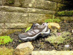 Rüyada Ayakkabı Kaybetmek ve Aramak