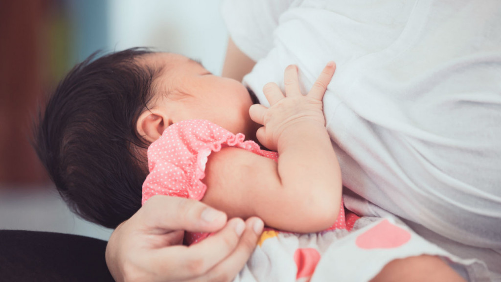 Rüyada Bekar Birini Bebek Emzirirken Görmek