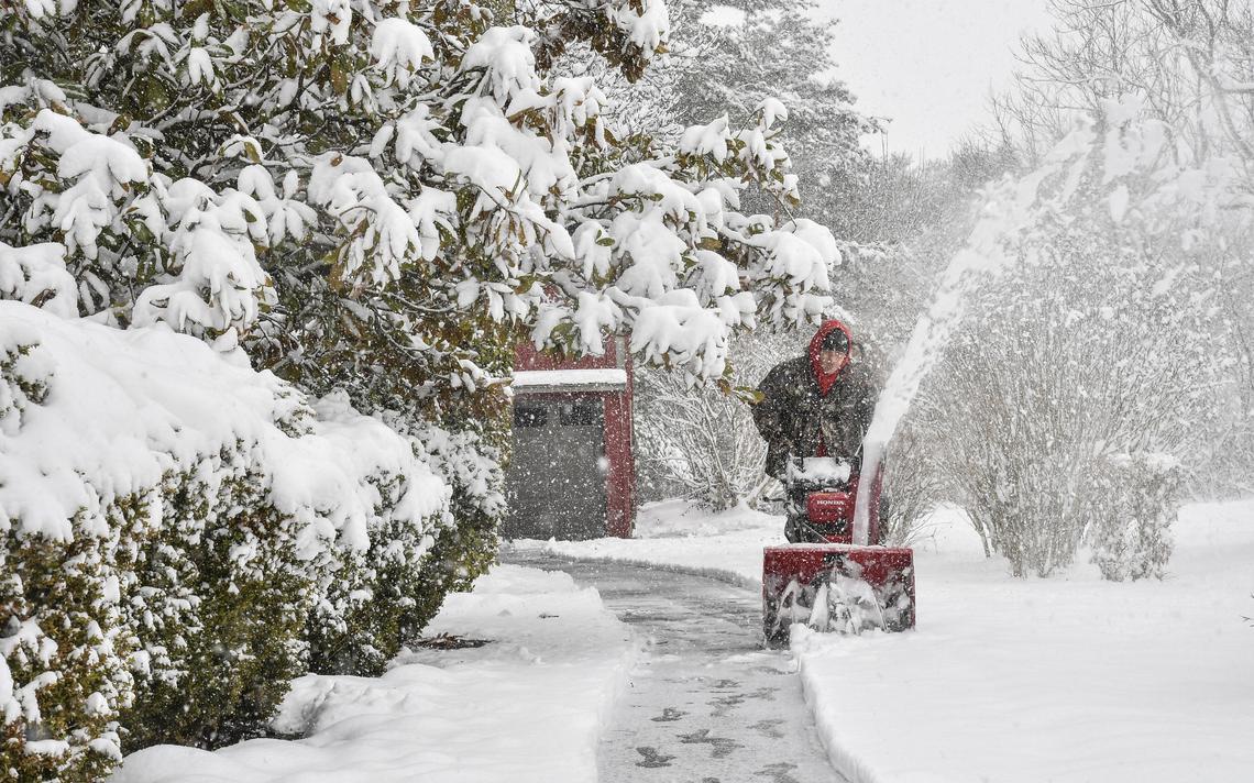 Rüyada Evin Bahçesinin İçine Kar Yağdığını Görmek