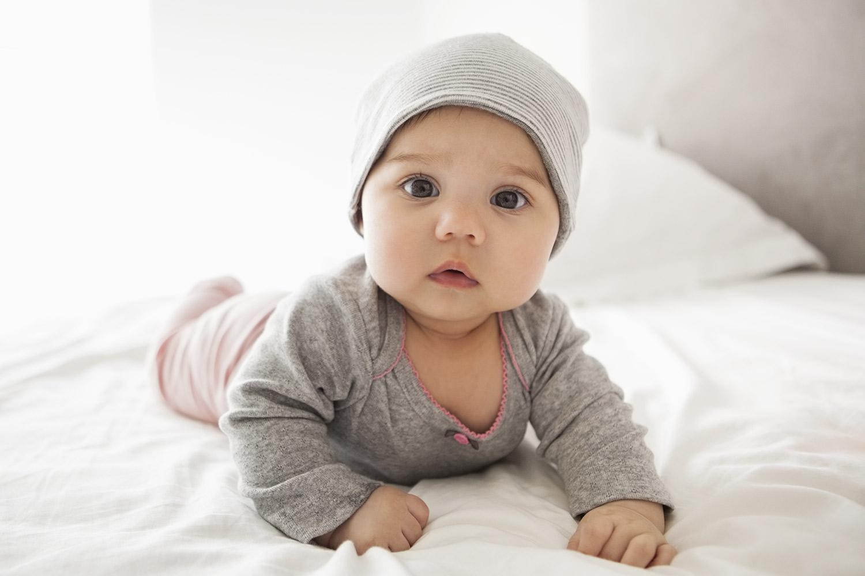Rüyada Bir Arkadaşının Yeni Bebeği Birden Olduğunu Duyup Görmek