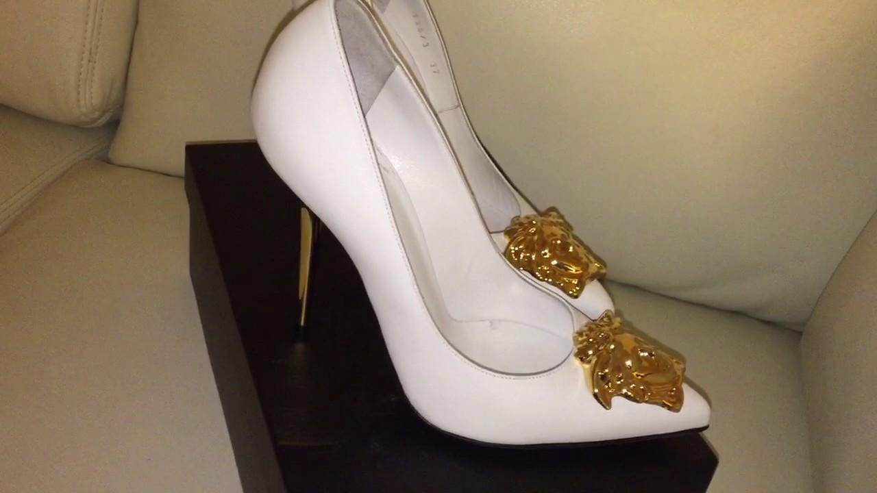 Rüyada Beyaz Topuklu Ayakkabı Görmek