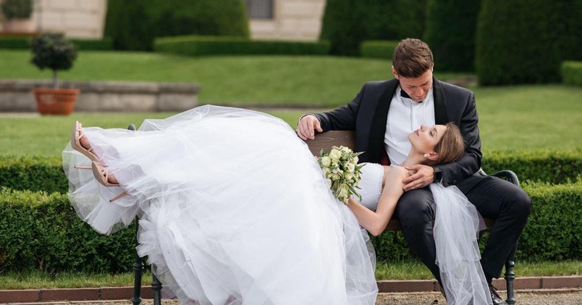 Rüyada Bekar Birinin Evli Olduğunu Görmek