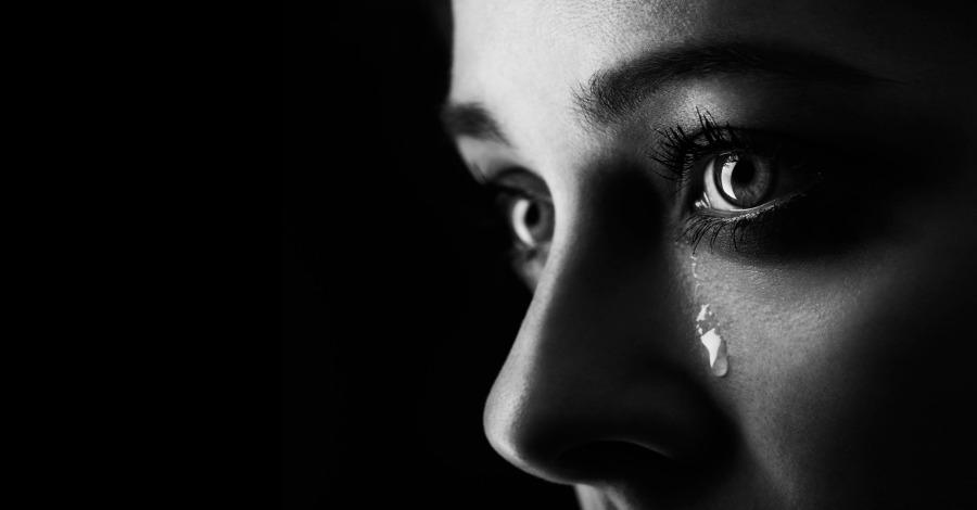Rüyada Ölen Birinin Arkasından Ağlamak