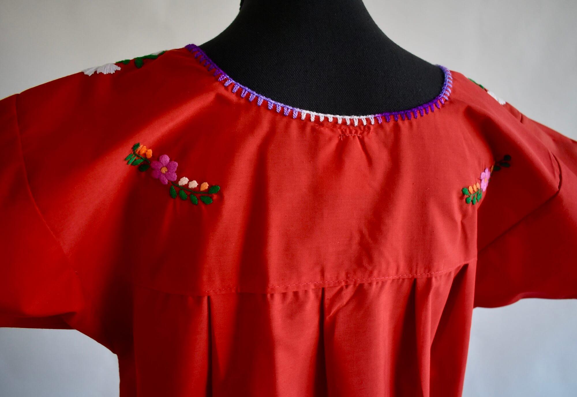 Rüyada Kırmızı Bluz Giydiğini Görmek