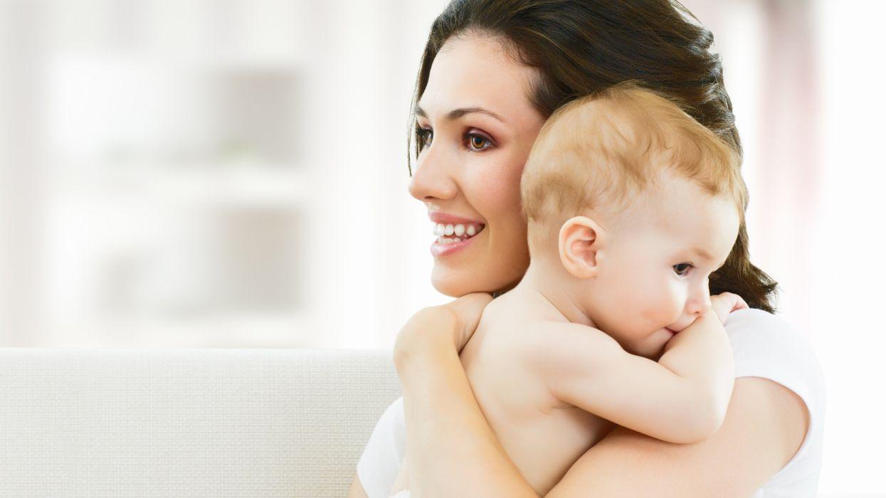 Rüyada Yeni Doğmuş Bebek Kucağa Almak