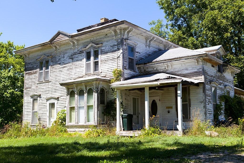 Rüyada Eski Ev Satın Almak