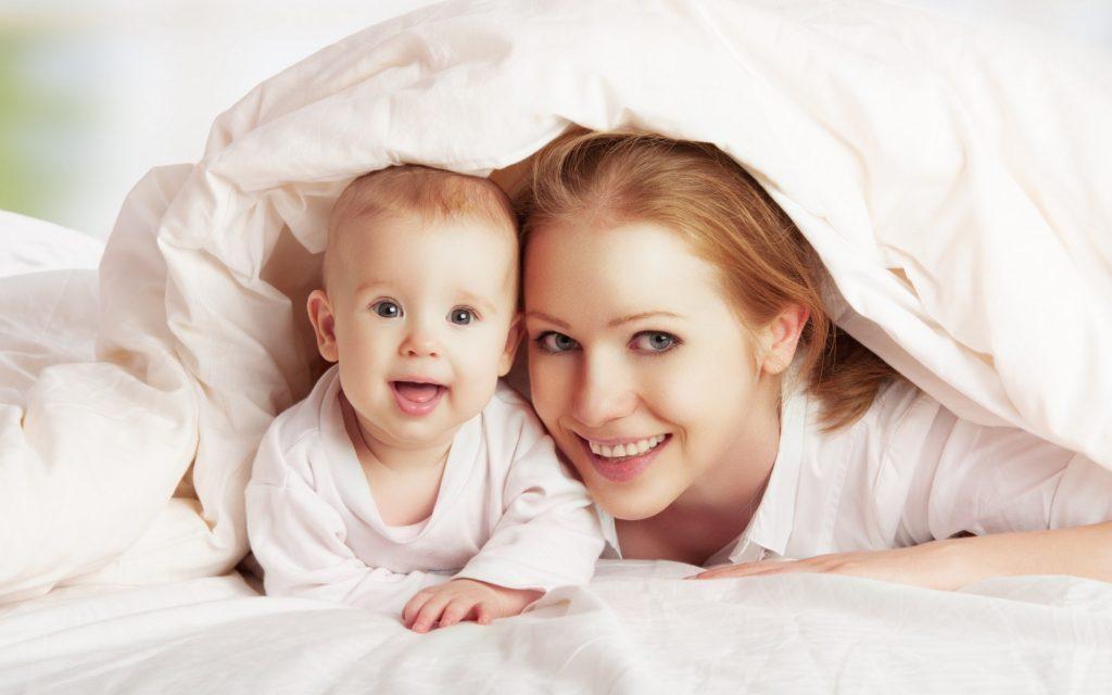 Rüyada Sevdiğin Üvey Olan Anne Evde Görmek