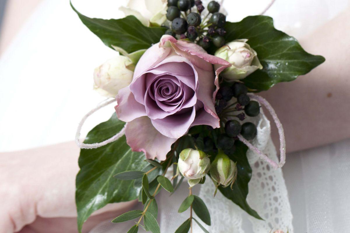 Rüyada Çiçek Demeti Görmek