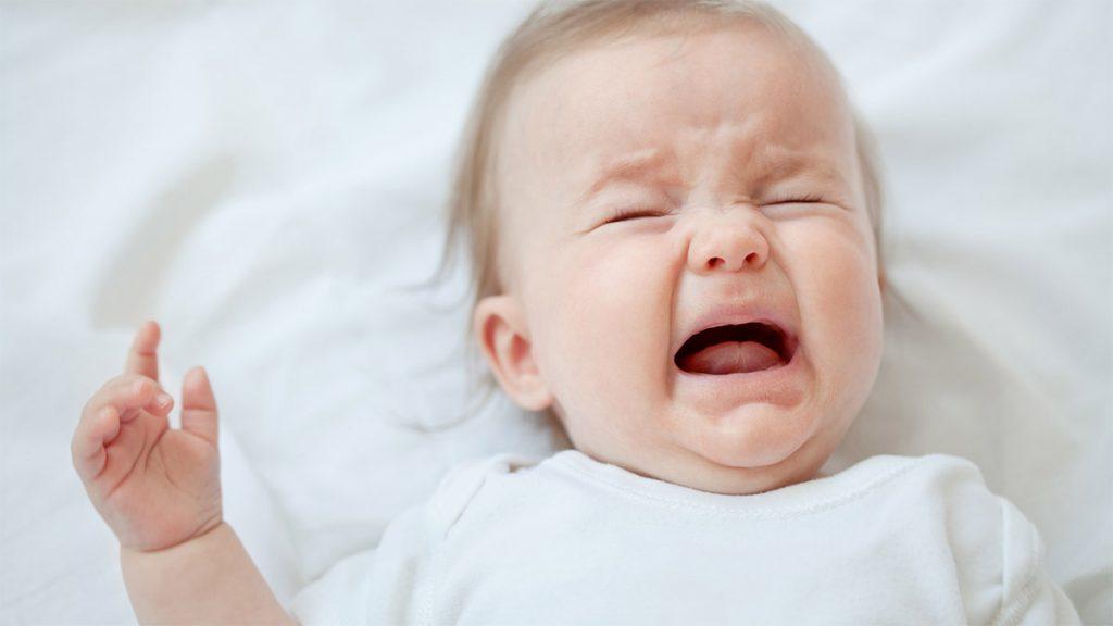 Rüyada Zayıf Bebek Kirli Altını Hızlıca Temizlemek