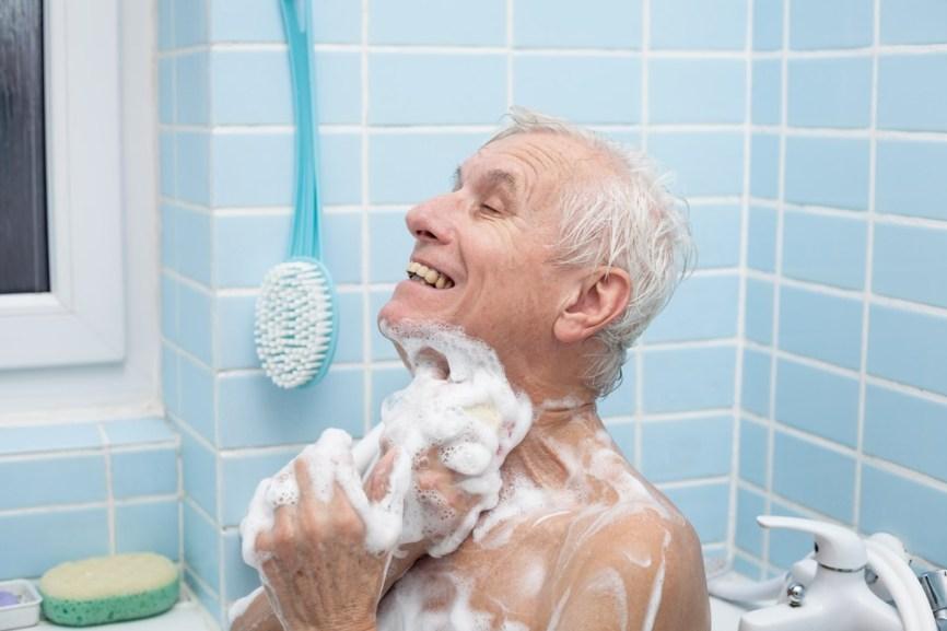 Rüyada Yakın Birini Banyo Yaptırmak