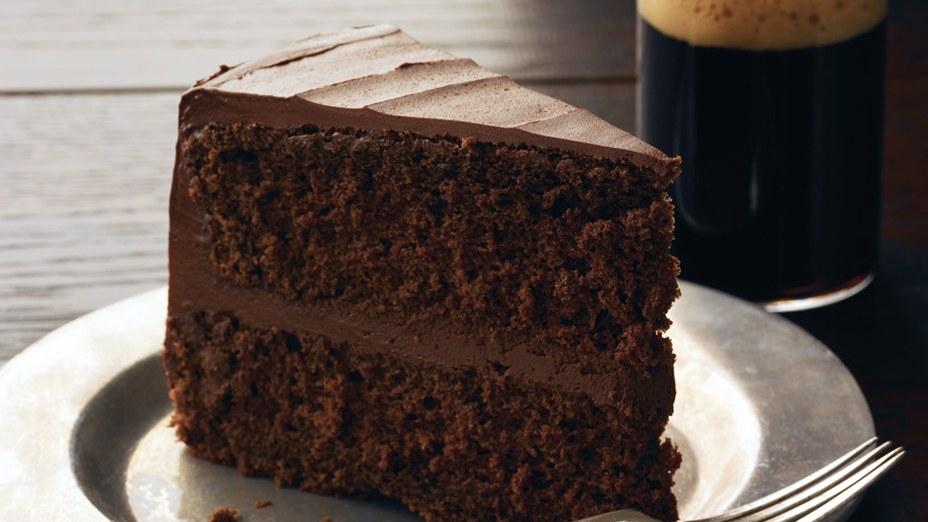 Rüyada Fındıklı Küçük Kakaolu Hazır Kek Mutfakta Görmek